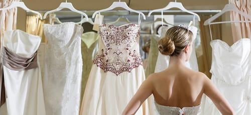 a6d775c47c Mi álmodik az új ruhákról. Mit jelent egy ruha álmában? Mi álmodik ...